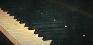 Piano - Vera Kratochvil